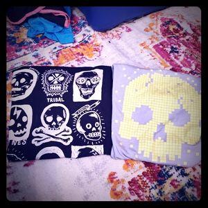 💚CHILDREN'S PLACE skull short sleeve tee lot of 2